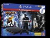 Igraća konzola Sony Playstation 4 1 TB + igre Uncharted/The Last of us/Ratchet&Clank