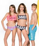 Bikini sa sjajnim natpisom ili trakastim gornjim dijelom 134-176